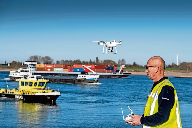 Zelfvliegende drones gaan onheil op water opsporen, van olievlek tot drenkeling