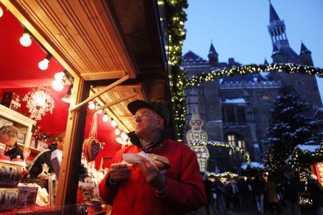 Toch een beetje kerstmarkt in leegstaande winkels in Aken
