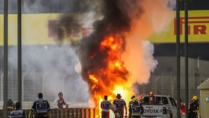 Grosjean stapt wonder boven wonder levend uit vuurzee na krankzinnige crash