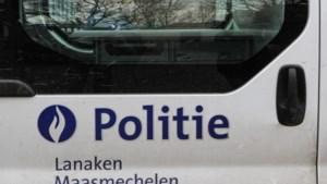 Vandaal op de vlucht in Maasmechelen wordt gepakt na schot op auto, politieagenten raken gewond