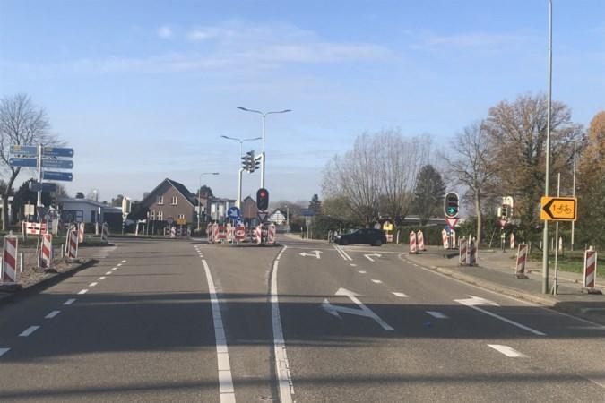 Verkeerslichten Baneheide vervangen; verkeer kan gebruik blijven maken van kruispunt