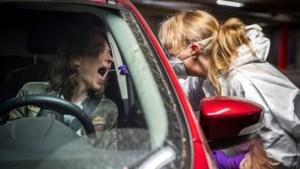 TERUGLEZEN | RIVM: 1282 minder besmettingen dan vrijdag, protesten in diverse steden