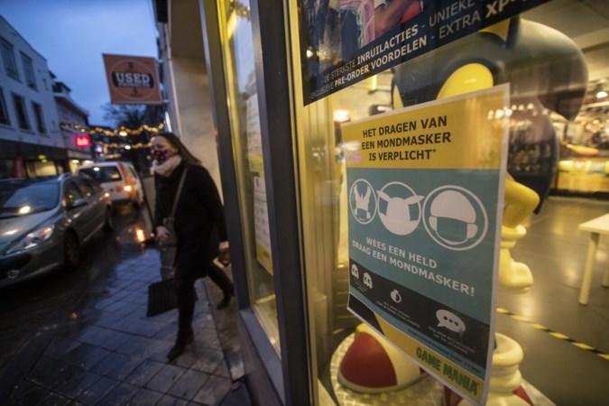 Verplicht mondkapje volledig ingeburgerd in Limburg: 'Mensen die er geen dragen zijn een stelletje aso's'