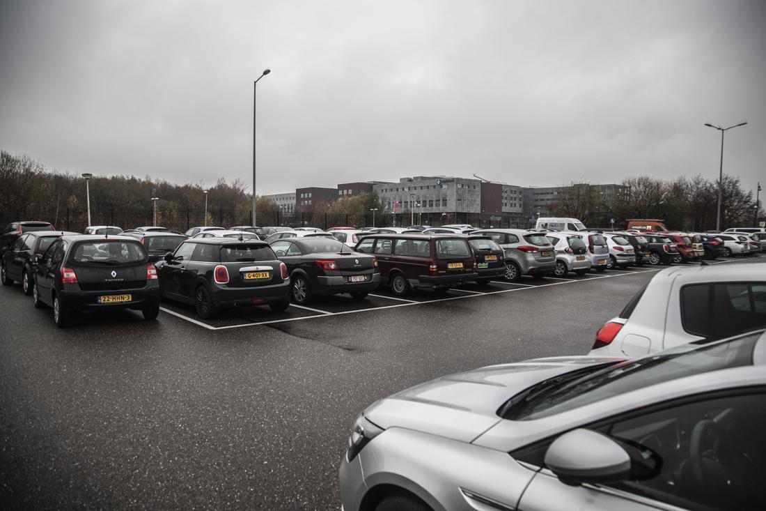 Zuyderland betaalt 4,3 miljoen voor parkeerterrein bij zieke... - De Limburger