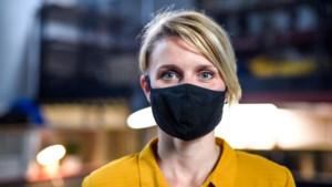 Huisartsen worden platgebeld met verzoeken om vrijstelling te krijgen voor het dragen van een mondkapje