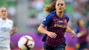 Grandioze dag voor Lieke Martens: hattrick én wereldgoal tijdens monsterzege Barça