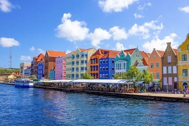 Reisadvies Curaçao van geel naar oranje: alleen noodzakelijke reizen