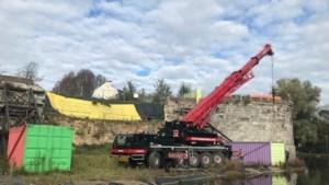 Om het instorten van de stadswal in Maastricht te voorkomen wordt versneld grond afgegraven