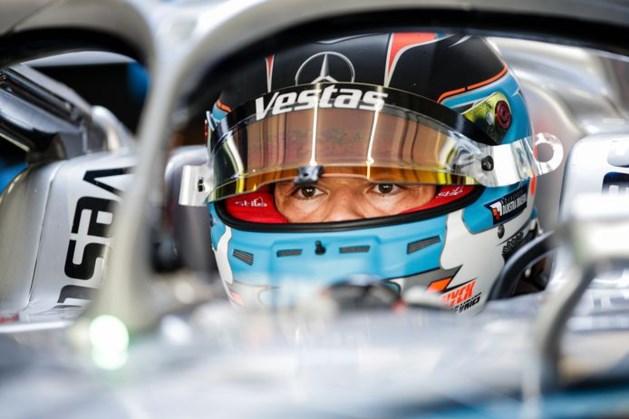Nyck de Vries test dinsdag namens Mercedes tijdens Formule 1-testdag