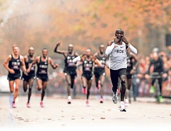Dankzij deze wonderschoen gaan marathonlopers minuten sneller: 'Hardlopen is een soort Formule 1 geworden. Doodzonde'