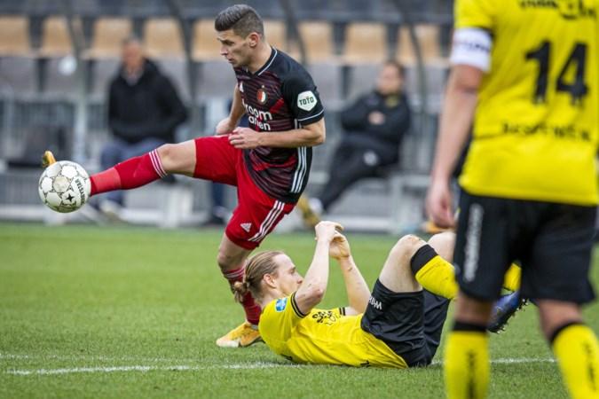 Zonder Giakoumakis is VVV tandeloos; Feyenoord makkelijk naar 3-0 zege