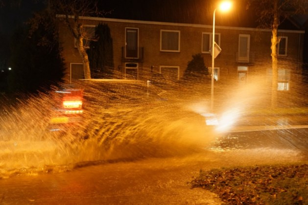 Huishoudens zonder water vanwege gesprongen leiding