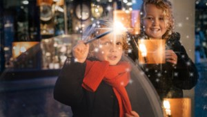 Kinderen beleven magie met de toverstok in Roermond