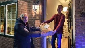 Schutterij St. Henricus uit Bocholtz brengt haar leden kerstattenties