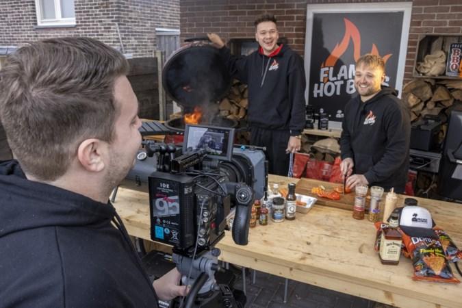 Limburgse internationale dj's zijn nu bbq-kings op YouTube
