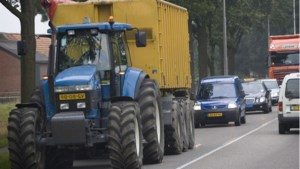 Peel en Maas onderneemt nieuwe poging om tractoren toe te staan op Midden Peelweg tussen Maasbree en Kessel