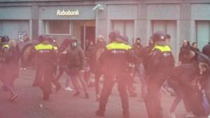 Twee ME'ers al maand thuis na rellen rond Zwarte Piet Maastricht: zeventien verdachten opgepakt