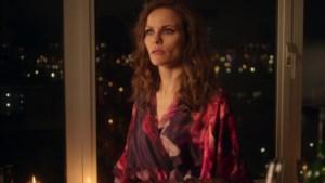 Recensie 'Meisje van plezier - seizoen 3': laatste reeks lijkt nogal afgeraffeld en roept vragen op