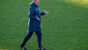 Column: Laat God het niet horen, maar Huub Stevens is voor Schalke de ware Messias: roep hem en hij komt