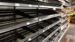 Britse supermarkt Sainsbury's waarschuwt voor lege schappen