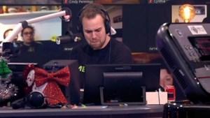 3FM-dj Wijnand breekt op de radio: 'Jullie hebben je vader niet meer vast kunnen houden'