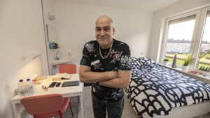 Een warme kerst voor ex-dakloze Harry: 'Mijn slaapkamer is mooier dan die van de koning'