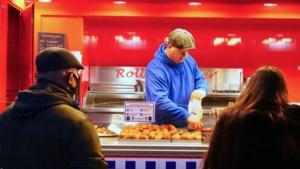 Oliebollenkraam Rolling Diner uit Brunssum haalt derde plek van Limburg in Oliebollentest Online