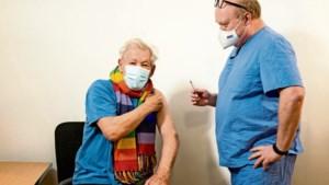 Bekende Nederlanders van stal voor vaccinatiecampagne