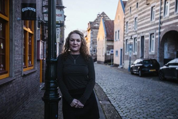 Gedreven Nicole Carlisi zette haar geliefd Elsloo op de kaart als (bijna) 'Allermooiste dorp van Nederland'