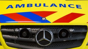 38-jarige vrachtwagenchauffeur uit Heerlen raakt ernstig gewond bij ongeluk in Tudderen