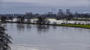 Rijkswaterstaat: 'Geen paniek, nog geen hoogwateralarm'