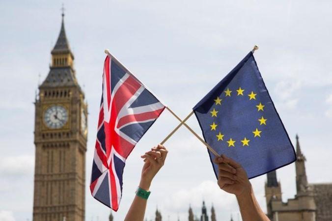 Commentaar: Het zal nog hard werken worden om de in juridisch wantrouwen gegoten Brexitdeal tot een werkbaar instrument te smeden