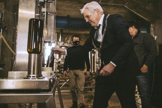 Nieuw streekproduct: duurzaam winterhoningbier uit de voormalige watertoren
