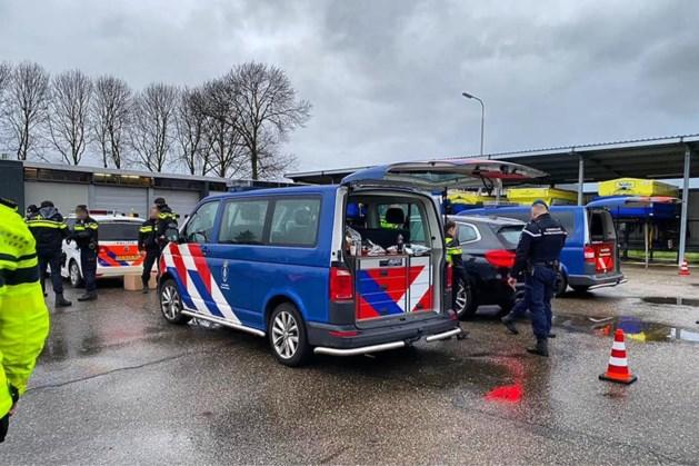 Politie houdt extra vuurwerkcontroles in de grensstreek