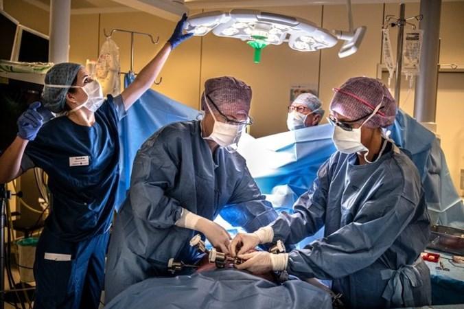 Ziekenhuiszorg verder in de knel, chemo's en hartoperaties uitgesteld