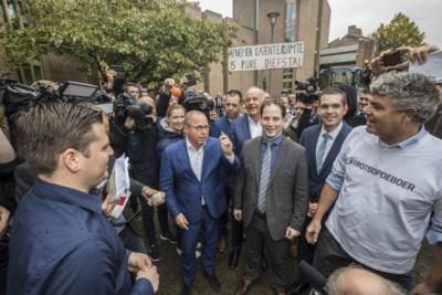 Koopmans treedt parlementaire enquête 'met open vizier tegemoet' en blijft vooralsnog aan