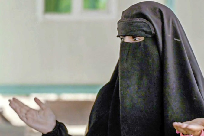Jihadbruid Angela B. zei ja tegen topterrorist Islamitische Staat