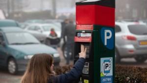 Ouderen klagen dat ze minder bezoek krijgen na afschaffen gratis parkeren in Sittard-Geleen