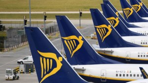 Ryanair denkt minder passagiers te vervoeren vanwege nieuwe lockdowns