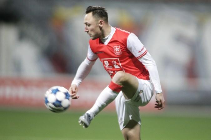 Coronakapsels in het voetbal: 'Zoals je kunt zien is het niet zo goed gelukt'