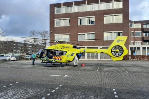 Coronapatiënt voor het eerst per helikopter naar Roermondse Laurentius Ziekenhuis overgebracht
