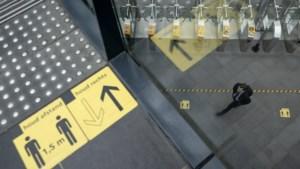 Anticoronalak op trapleuningen en liftknoppen van ruim tweehonderd Duitse treinstations