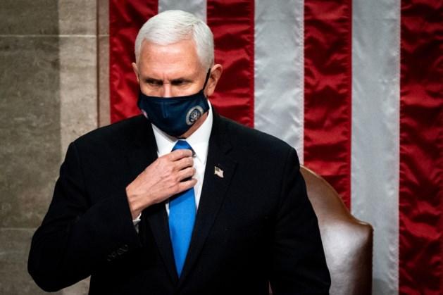 Vice-president Pence ziet niets in uit het ambt zetten van Trump