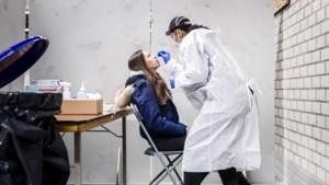 Meer dan 6000 nieuwe coronagevallen, minder coronapatiënten opgenomen in ziekenhuizen