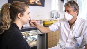 Run op reuktherapie: ex-coronapatiënten proberen zo hun reukzin terug te krijgen