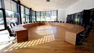 Extern bedrijf gaat bij alle raadsleden van Eijsden-Margraten langs om technische malheur tijdens vergadering op te lossen