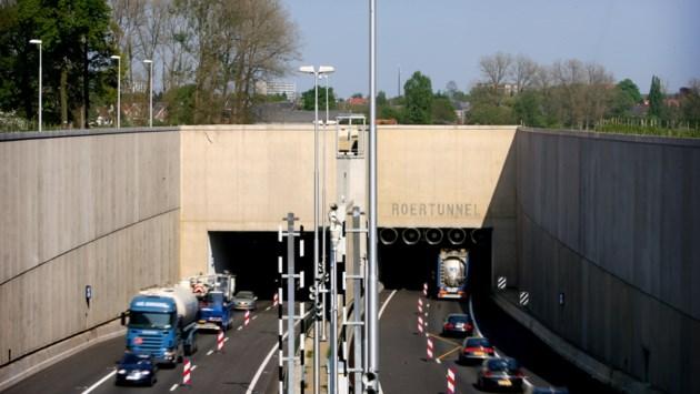 Roer- en Swalmentunnel vanwege onderhoud afgesloten voor verkeer
