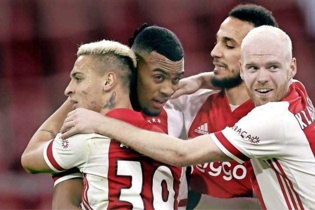 Zwaarbevochten zege Ajax in spannende Klassieker tegen Feyenoord