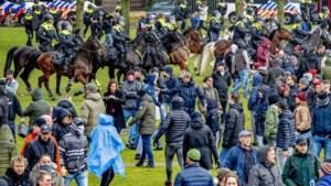 115 arrestaties bij verboden demonstratie Museumplein