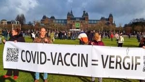 Piet van Herten zorgt met omstreden uitspraken voor commotie: wie is deze activistische Limburgse arts op leeftijd?